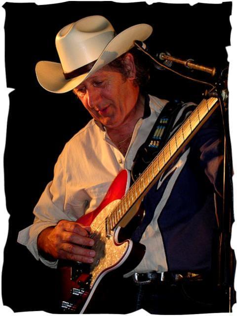 Henry Jaouen guitariste dit le requin