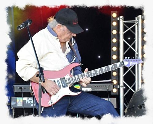 Henry Jaouen guitariste
